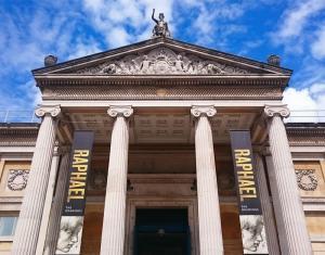 m 39 Ashmolean Museum