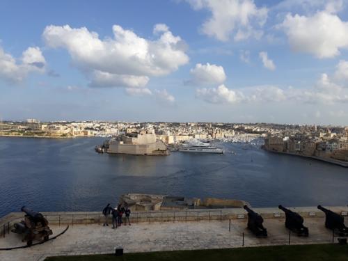 Valletta kindluse kahurid