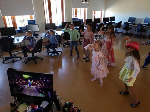 Stiilipäeva stiilsed tantsuvahetunnis